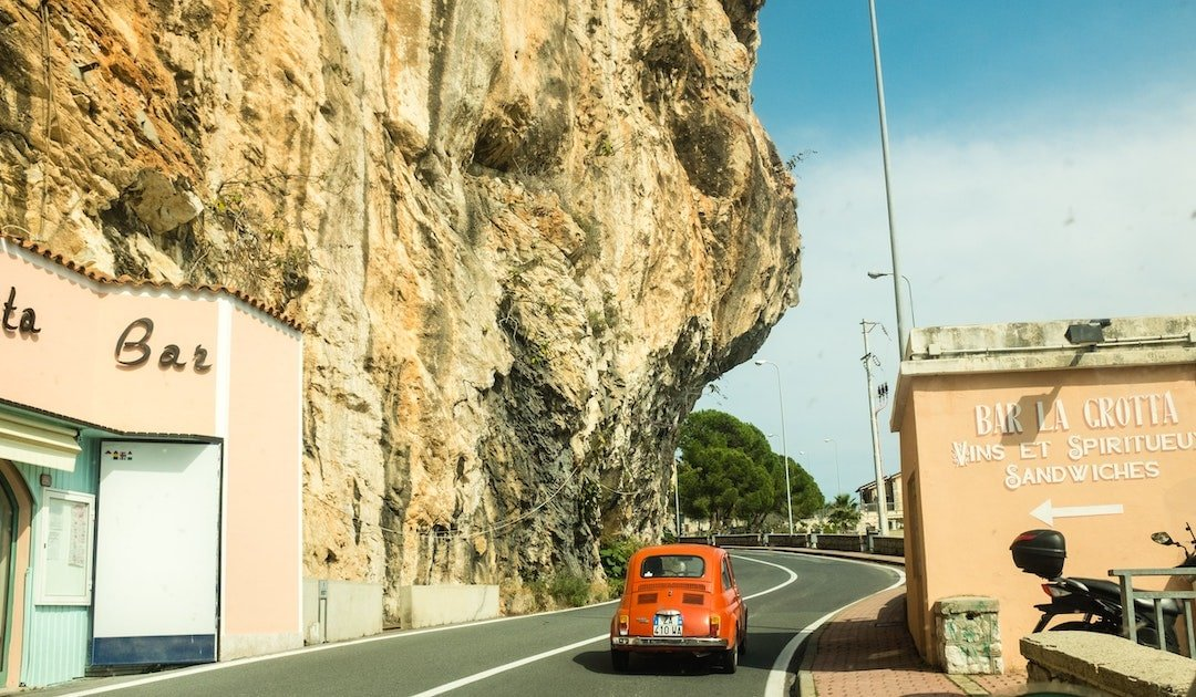 13 Essential Tips for Driving in Italy